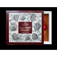 Кедровый грильяж в шоколадной глазури классический 120 г (Сам бы ел)