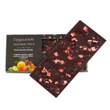 Шоколад горький с кедровым орехом кайенским перцем и клубникой Солнечная Сибирь 100 гр